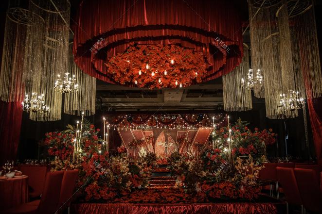 《Red》-绿室内主题婚礼照片
