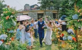 墨宴草坪-我喜欢你时的内心活动婚礼图片