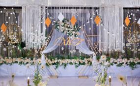 诺亚方舟酒店-《花漫晶彩》婚礼图片