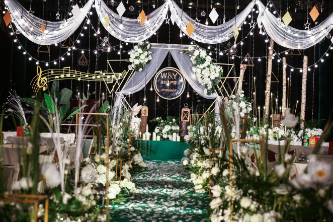 《清新荡漾 》-黄室内小清新婚礼照片