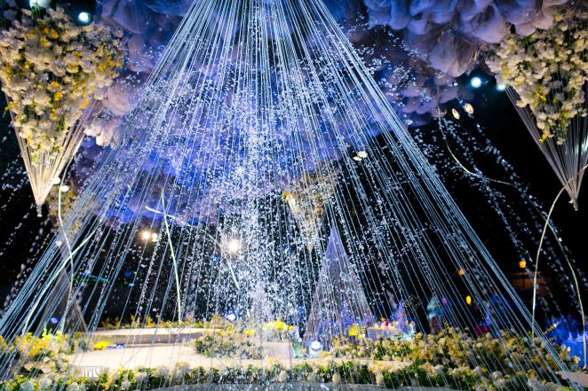 云 浮-蓝户外大气婚礼照片