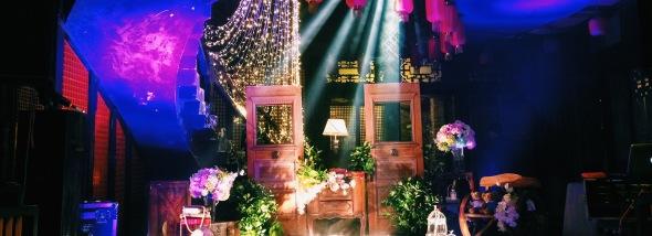 婚礼主持有很多种表现形式,比如说不一定非要出现在舞台上-婚礼图片