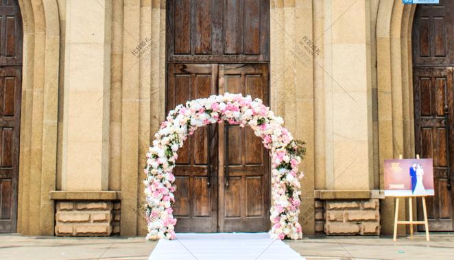 遇-粉教堂西式婚礼照片
