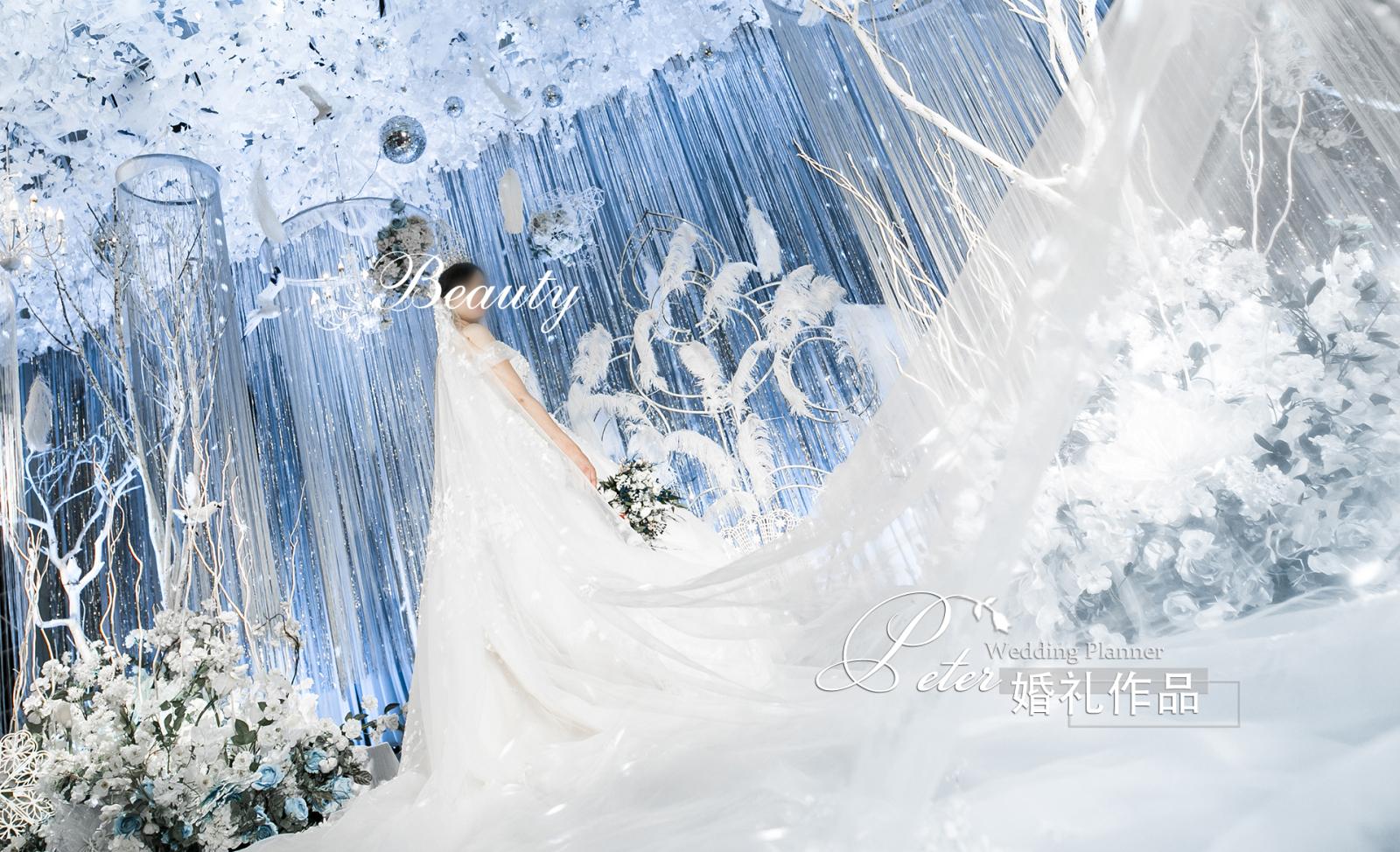 《My Wonderland》-也许是冥冥之中契约的相引,你我才能相遇。原本那些关于爱的空白记忆,从此被你我印染,留下深深浅浅的彩色记忆。佛曰:不可说,真爱不可言说,却印刻与心!