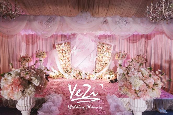 少女情怀-白室内唯美婚礼照片