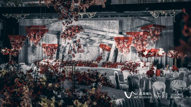 Perfect Match-灰室内西式婚礼照片