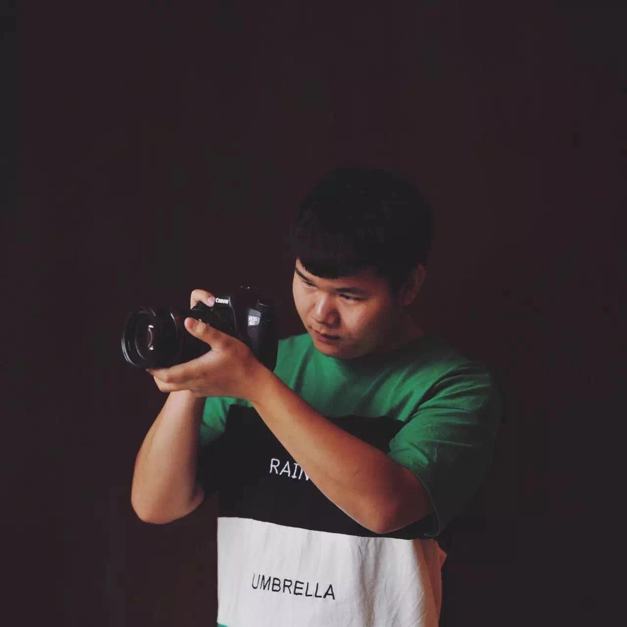 摄像师-周先森