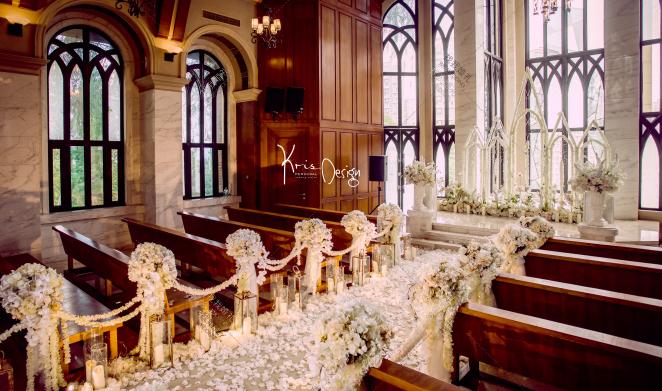 简单爱-白室内简洁婚礼照片