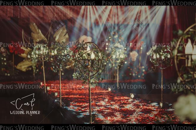 Promised love-红室内复古婚礼照片