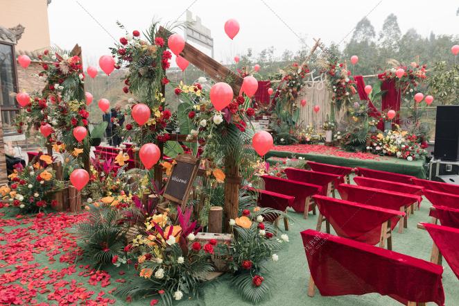 关于爱情,关于你-绿户外西式婚礼照片