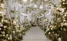 四川省眉山市东坡区岷江东湖饭店-《白绿雾霾蓝》婚礼图片