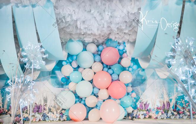 韩式室内蓝色婚礼案例效果图