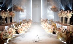 银鑫世纪酒店-越简单 越心安婚礼图片