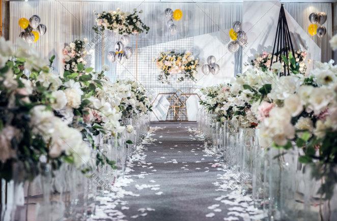 灰色西式简洁室内婚礼案例效果图