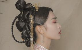 中式新娘粉色拍摄花絮 案例图片