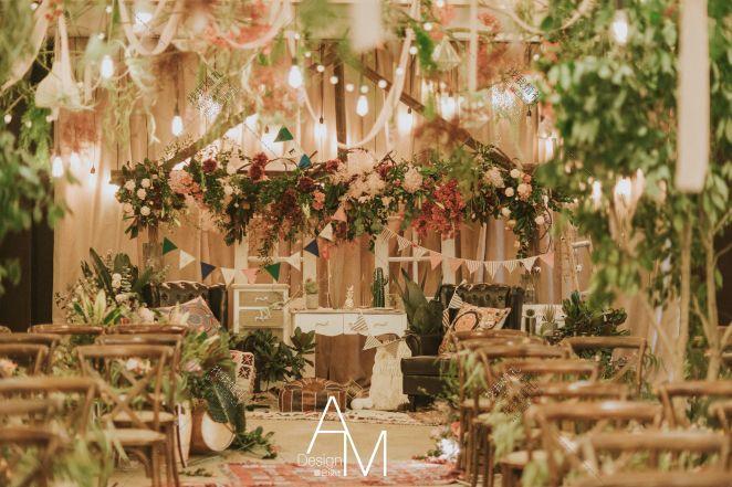 十-红室内复古婚礼照片