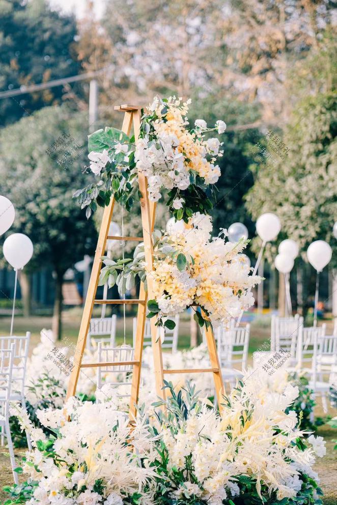 初晴-白草坪唯美婚礼照片