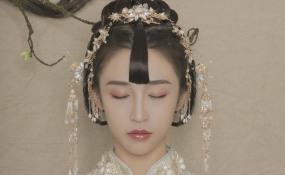 俏皮中式新娘拍摄花絮 案例图片