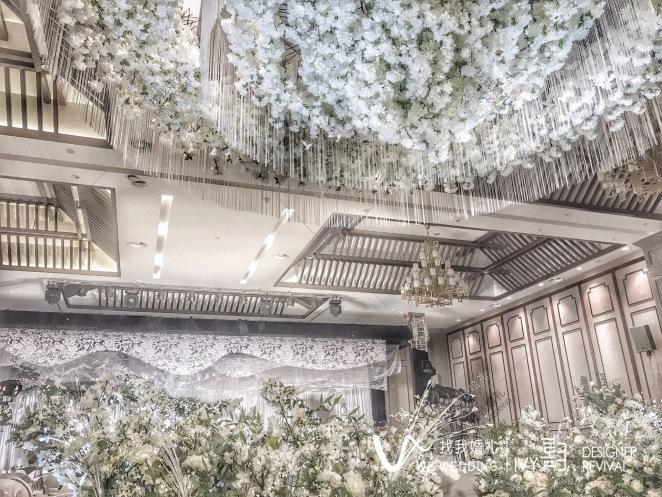 Back garden-白室内小清新婚礼照片
