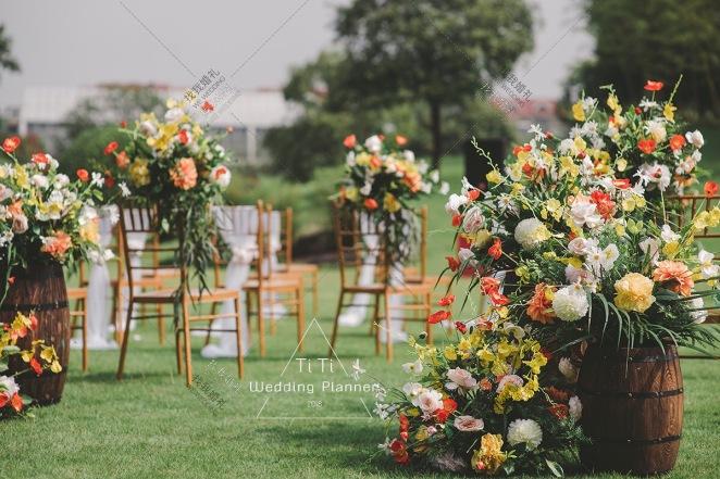 秋•意浓 | 秋• 忆侬-橙黄户外西式婚礼照片