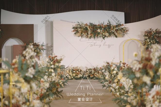 温度-黄室内韩式婚礼照片