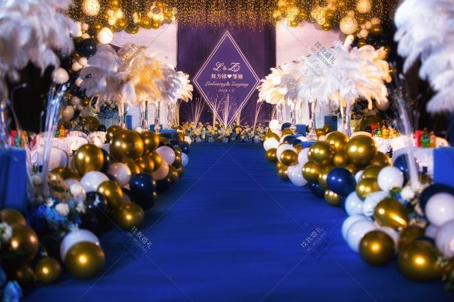 Blue  Dream-蓝室内梦幻婚礼照片