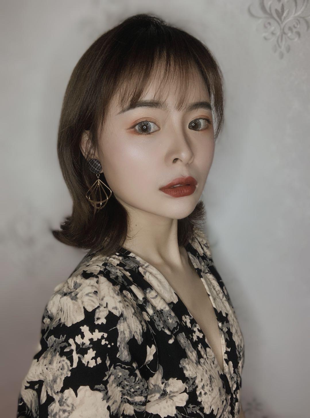化妆师-亮亮