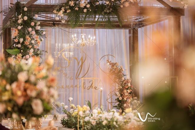 Home-绿室内西式婚礼照片