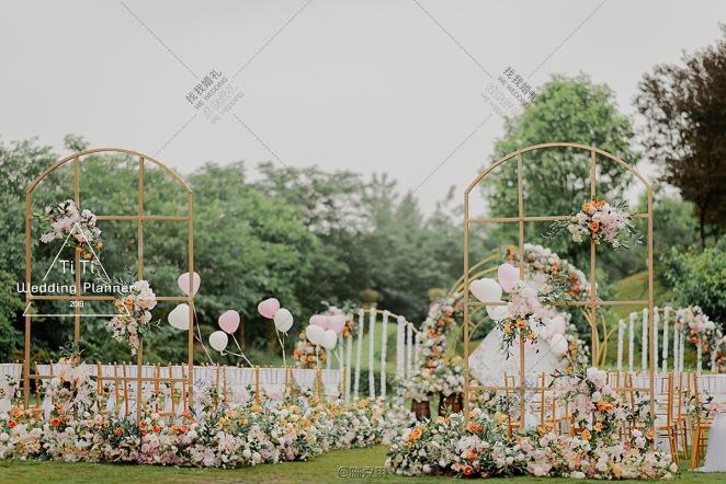 爱的花园-黄草坪主题婚礼照片