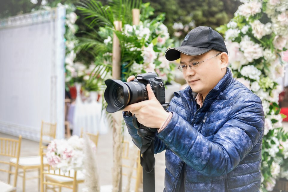 摄像师-天使影像工作室周师