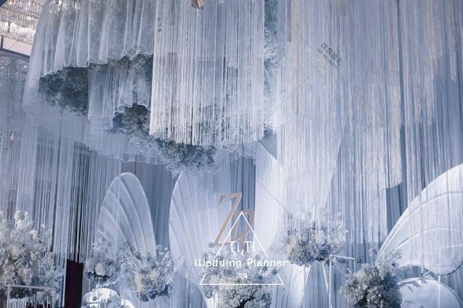 翼-蓝室内主题婚礼照片
