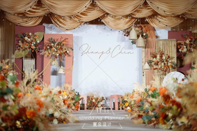 秋.悦-白室内简洁婚礼照片