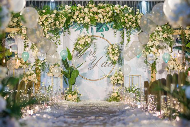 柔情-绿室内森系婚礼照片