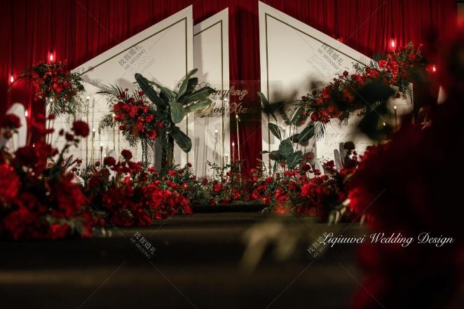 """""""我们""""-绿室内简洁婚礼照片"""