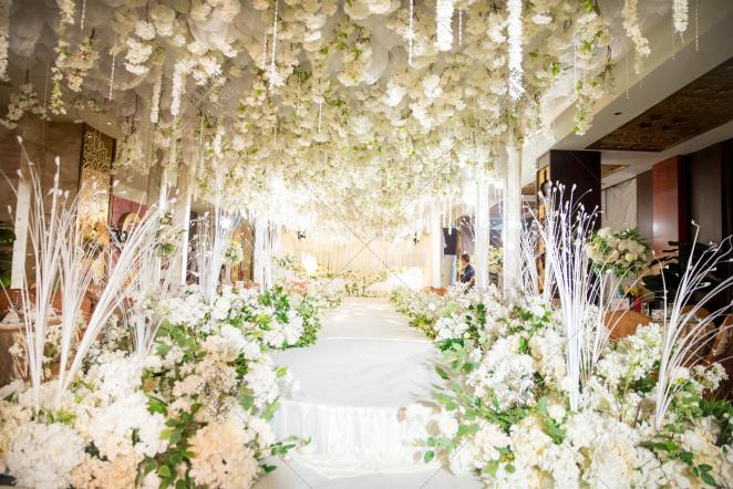 四季-白室内韩式婚礼照片