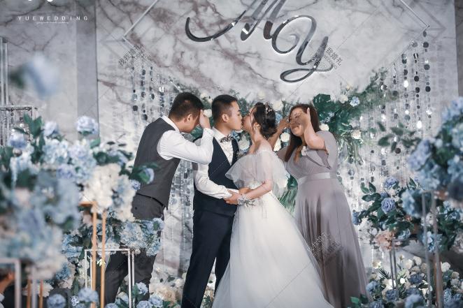 西式简洁灰色婚礼案例效果图