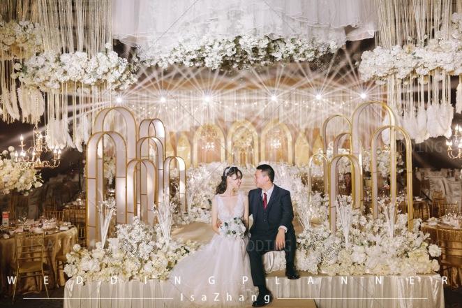 光锦-黄室内大气婚礼照片