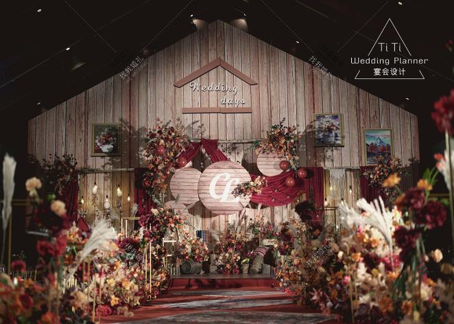 美式田园-黄室内西式婚礼照片