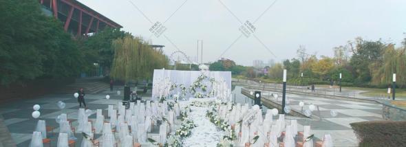 老房子·水墨红食府(欢乐谷店)-阳光下爱婚礼图片