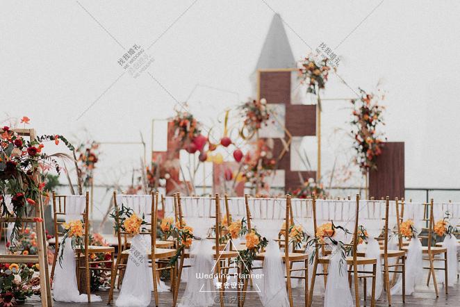 秋涩絮语-红户外主题婚礼照片