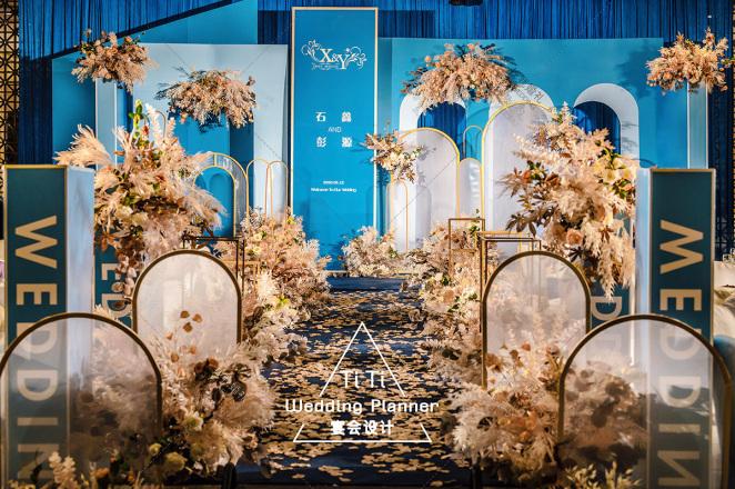马约尔花园-橙黄室内西式婚礼照片