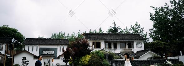 不二小屋(三圣乡店)-单机单反摄像婚礼图片