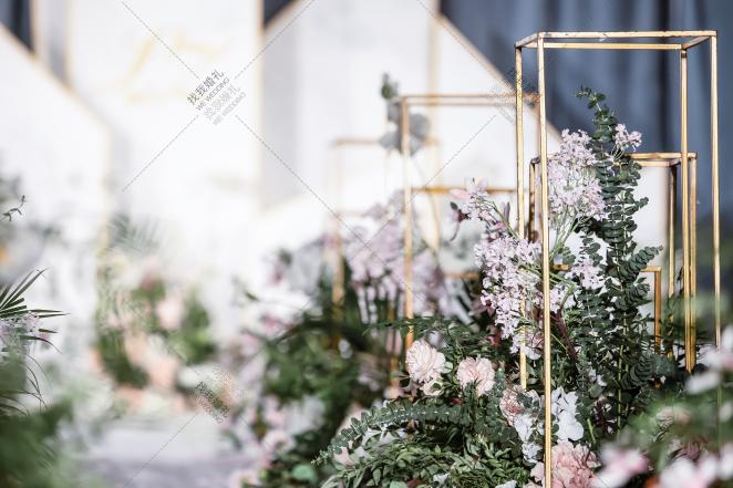 《青春有你,余生都是你》-绿室内大气婚礼照片