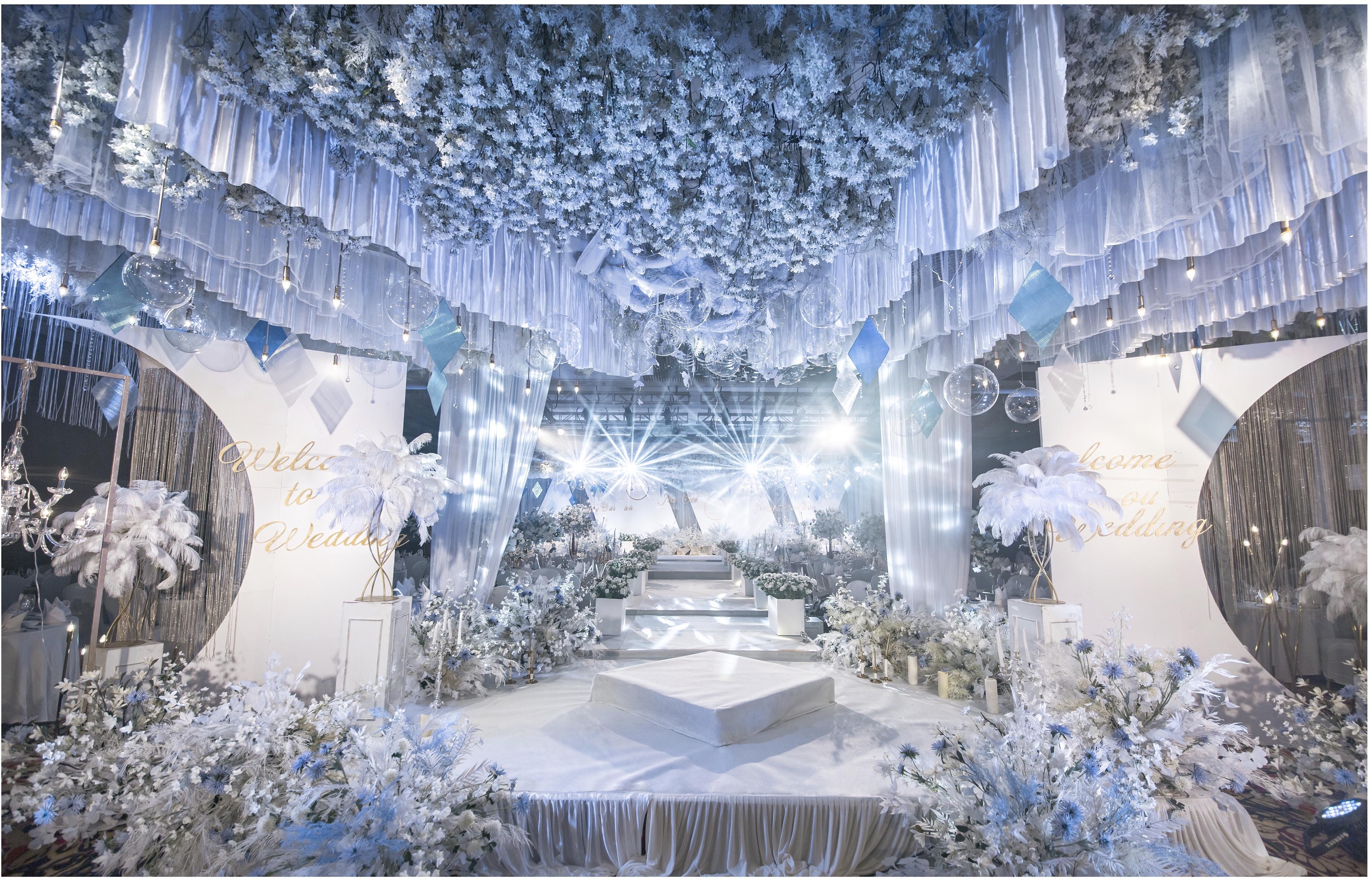 Gentle Blue&Beauty White 蔚蓝与慕白婚礼图片